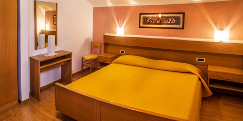 Camera da letto monolocale Residence Capriolo